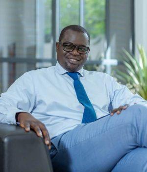 Khadim Bâ, entrepreneur à succès au service de ses concitoyens